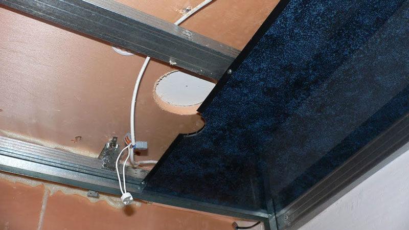 материалы и инструменты для установки потолка